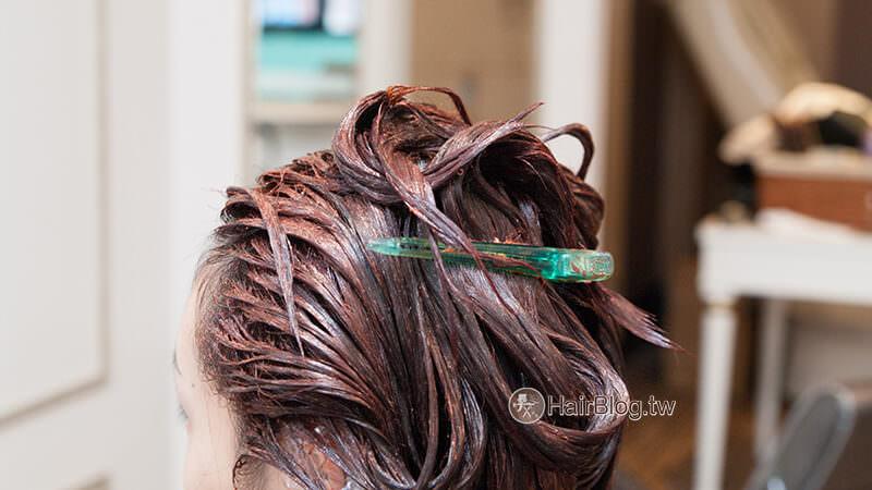 medium-natural-curl-perm-curly-8